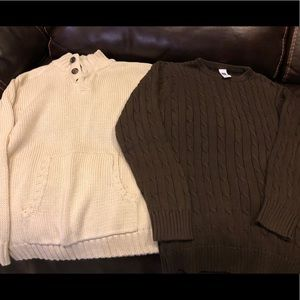 Boys Lot of 2 Sweaters Size Large